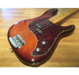 MUSIC MAN CUTLASS BASS HTB MN + CASE
